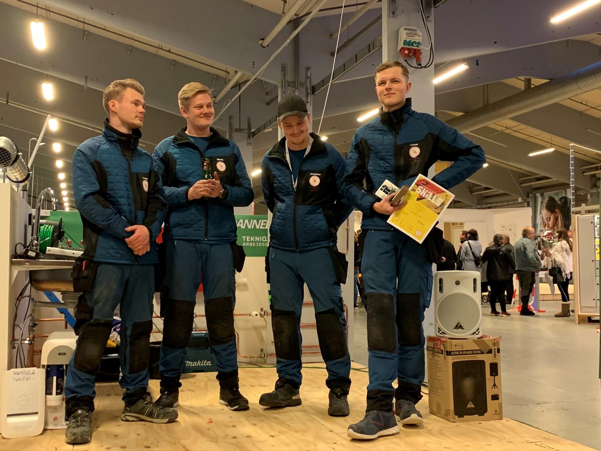 Lucas Barkow og de tre andre deltagere ved DM i Skills for vvs-lærlinge